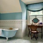 ванная комната с окном дизайн фото