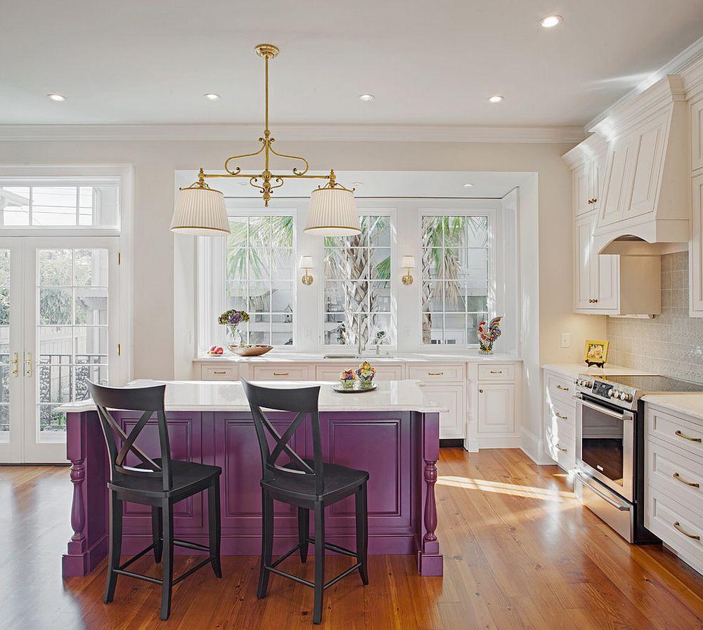 Барные стулья к фиолетовой кухне