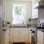 дизайн узкой кухни интерьер фото