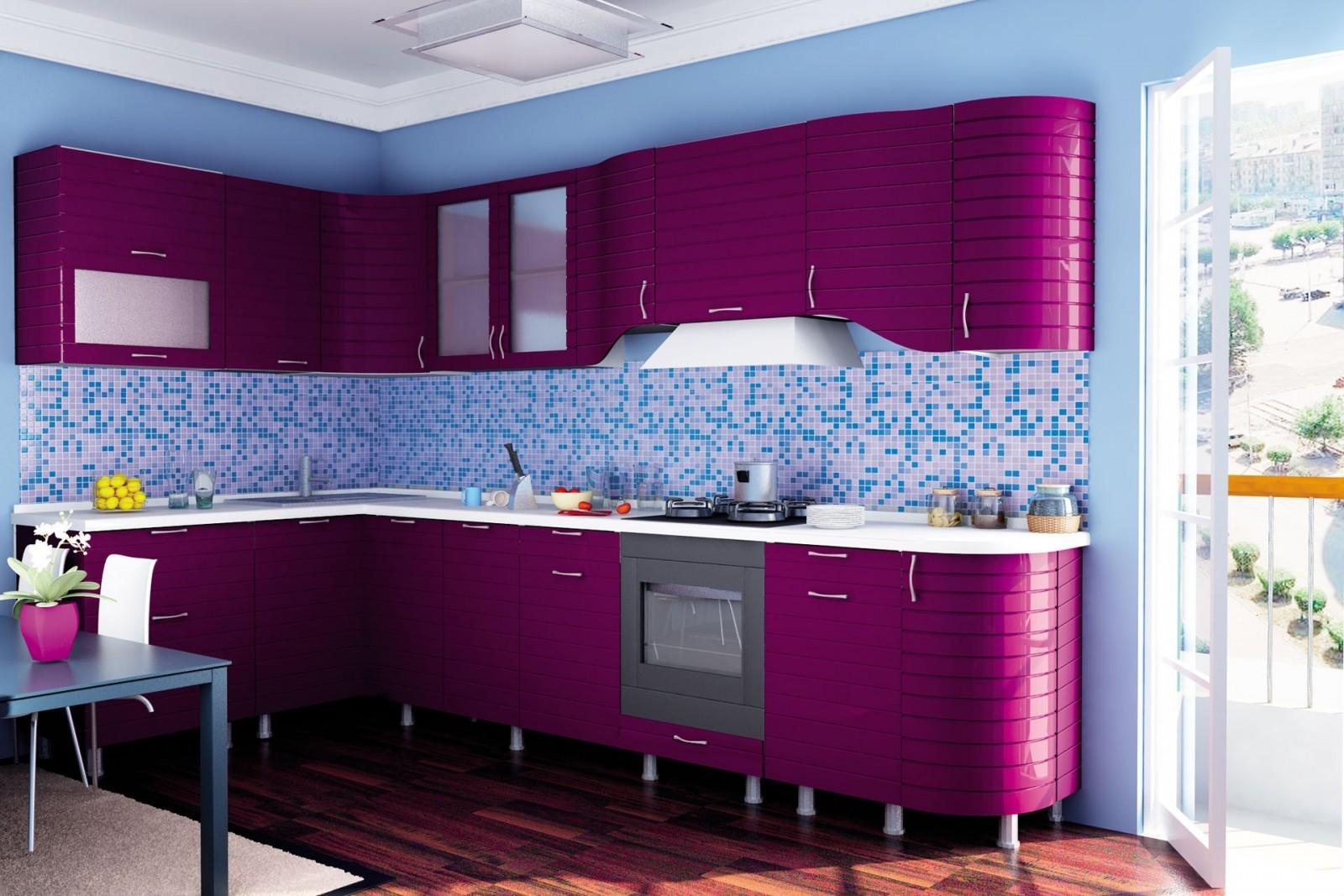 Темно-фиолетовая кухня