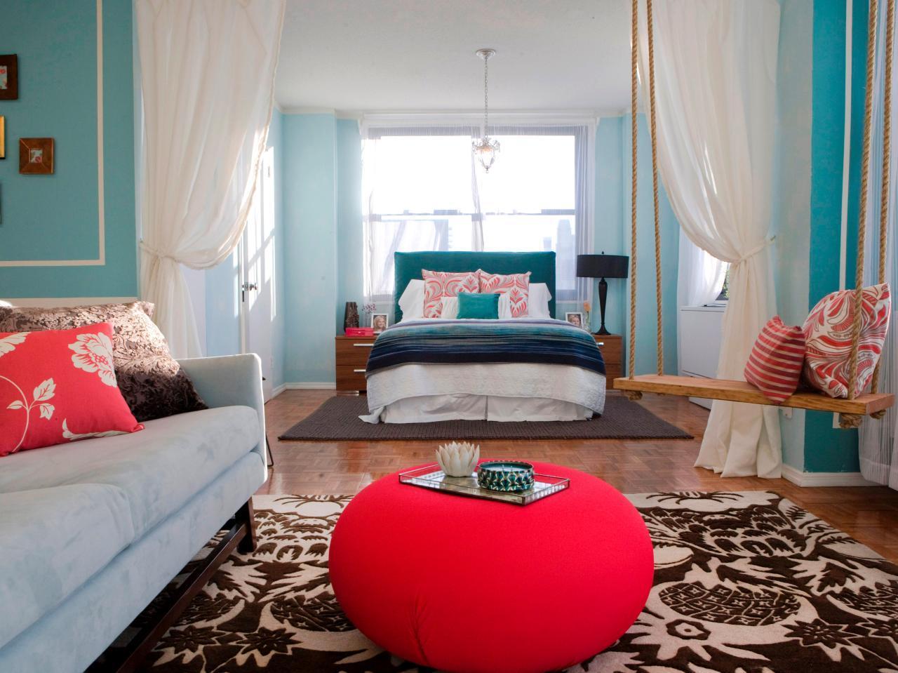 жизнерадостный интерьер спальни гостиной