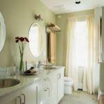 Оформление бежевой ванной комнаты