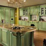 Дизайн кухни в частном доме классический стиль с островным расположением