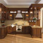 Дизайн кухни в частном доме модерн в П-образной планировке