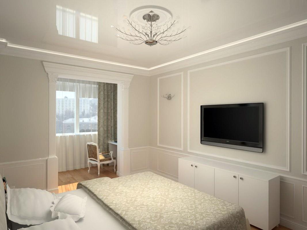 спальня с балконом в светлых тонах