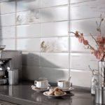фартук из плитки на кухне интерьер фото