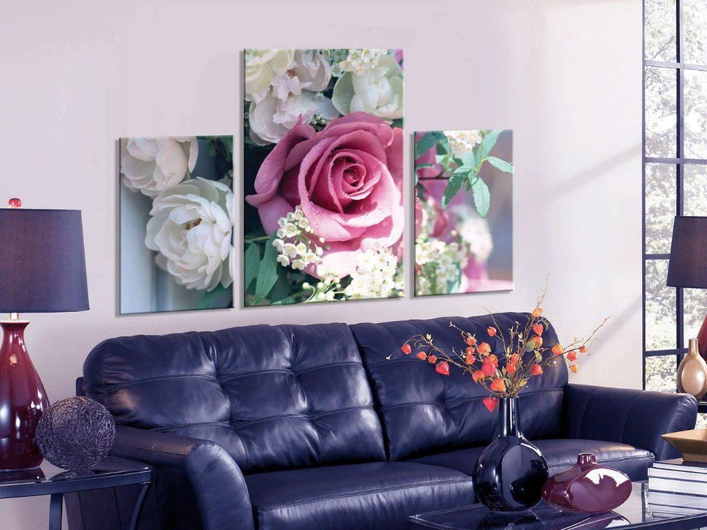Картины в интерьере гостиной хай-тек