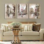 Картины в интерьере гостиной триптих из картин углем и мелками