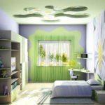 Оформление детской комнаты с фотообоями на потолке