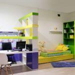 Оформление детской комнаты с учебной и спальной зонами