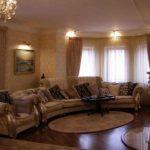 Оформление маленькой гостиной комнаты в классическом стиле