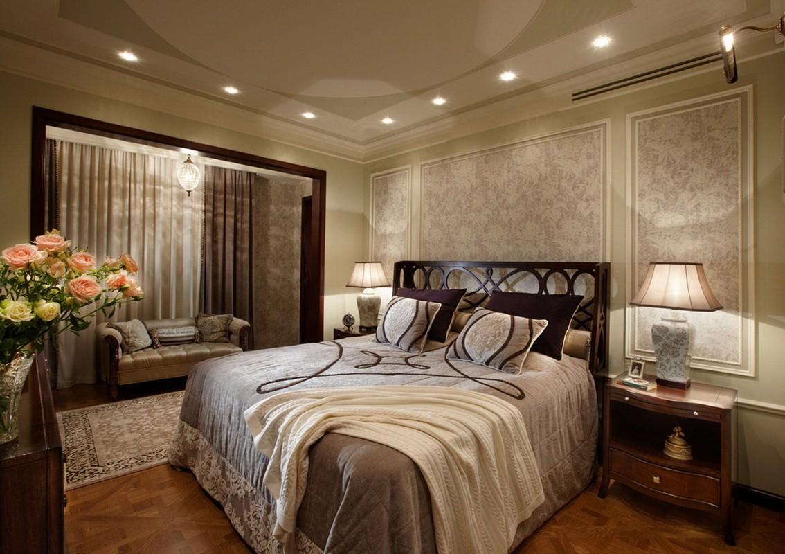 роскошный дизайн спальни с балконом