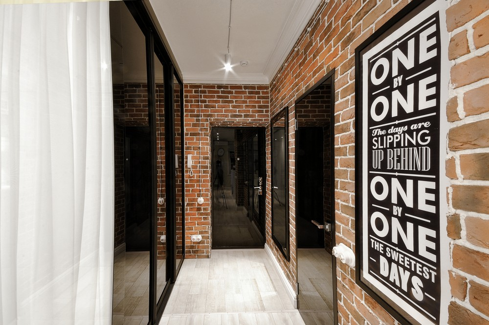 дизайн узкого коридора со шкафом