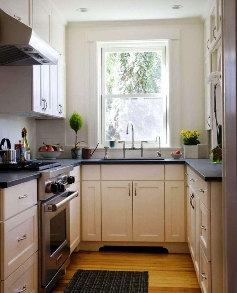 узкая кухня фото интерьера