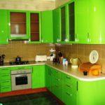 зеленая кухня дизайн интерьер
