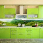зеленая кухня фото интерьер