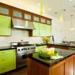 зеленая кухня оформление