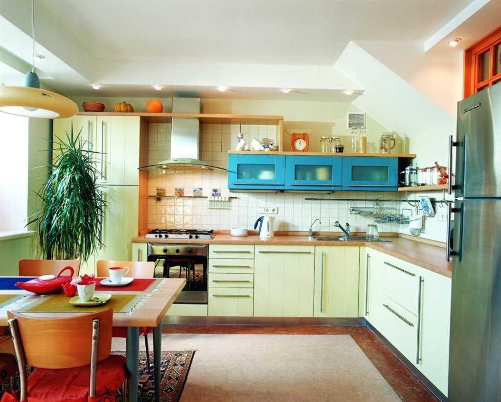зеленая кухня декор
