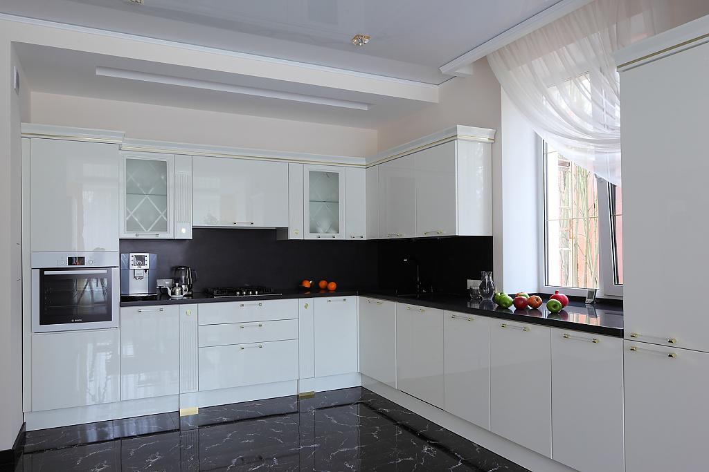 декор окна на кухне фото дизайна