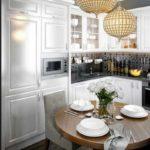 идея светлого дизайна кухни фото