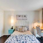 идея светлого декора спальни 15 кв.м картинка