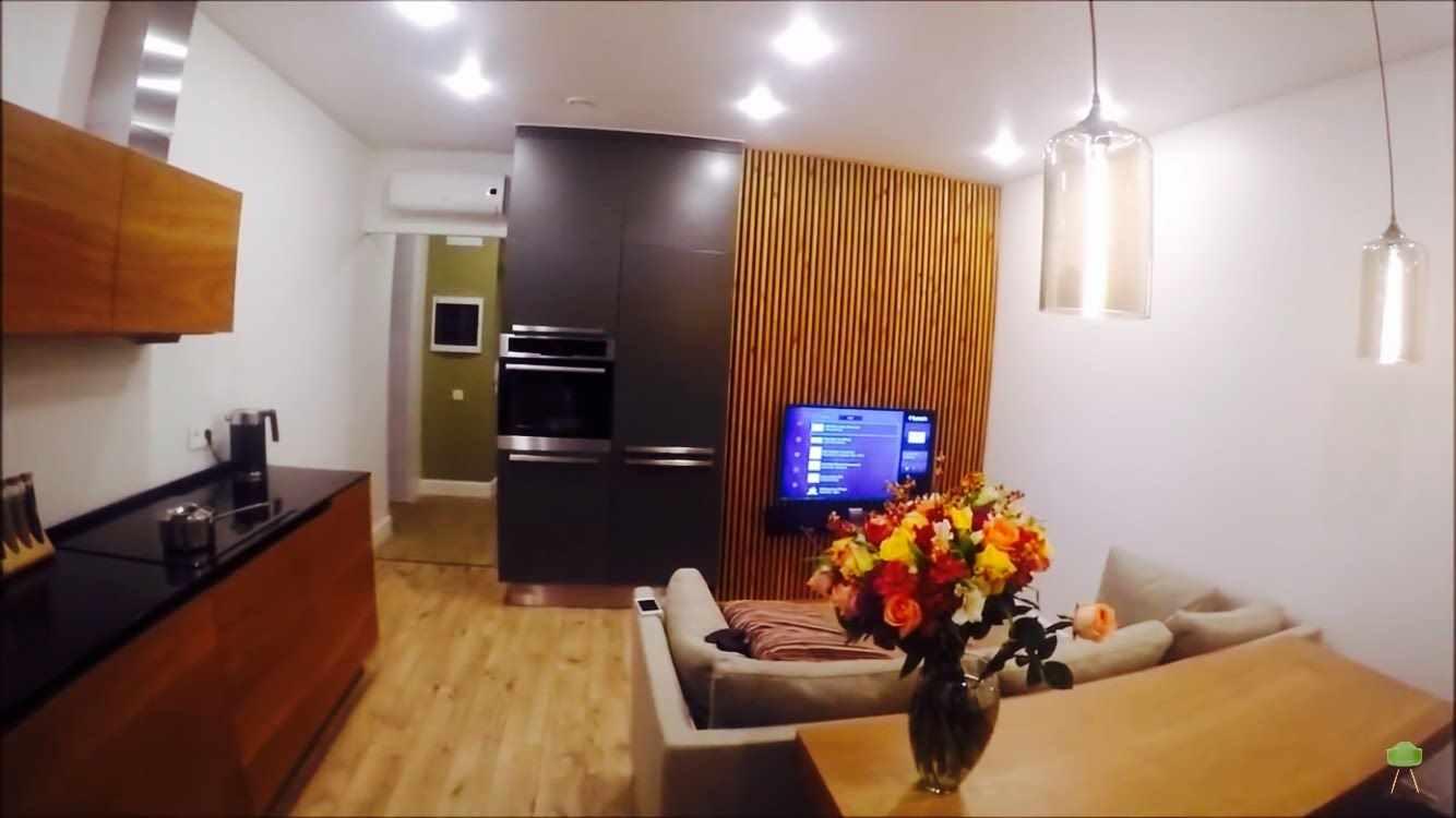 идея светлого дизайна кухни гостиной 16 кв.м