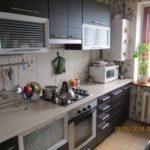 пример яркого дизайна кухни с газовым котлом фото