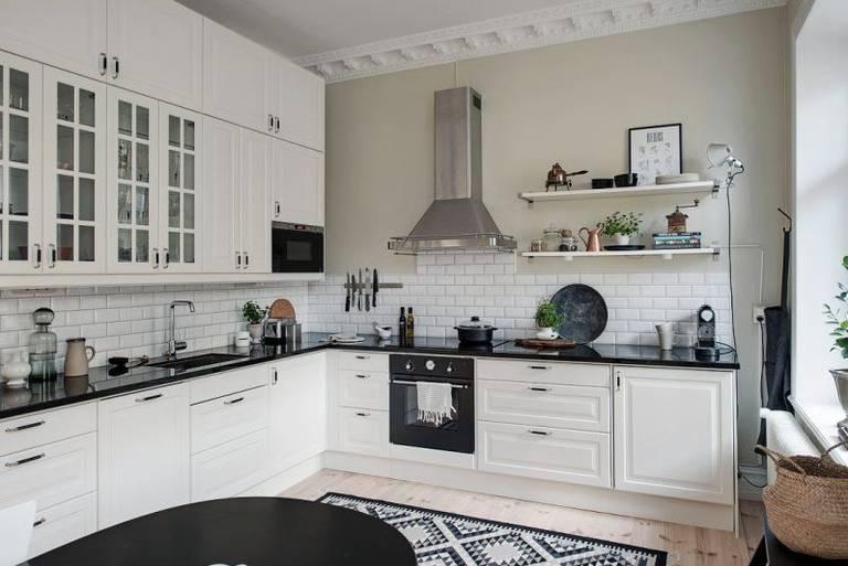 гарнитур на кухне гостиной