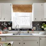 кухня с декором дизайн интерьера
