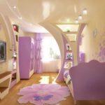 вариант необычного декора спальной комнаты для девочки фото