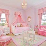 идея яркого дизайна спальни для девочки фото