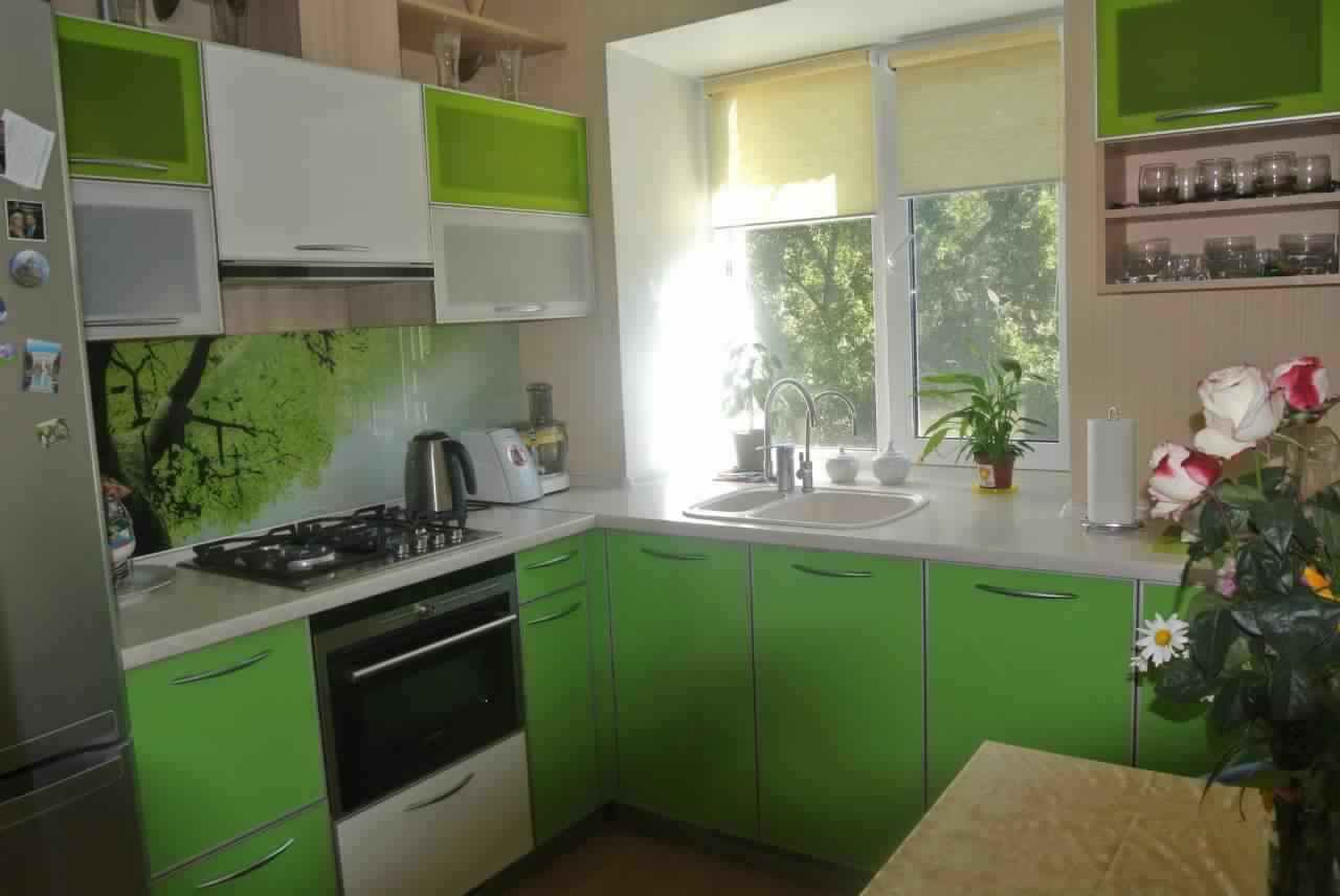 идея светлого стиля кухни