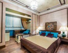 вариант яркого интерьера спальни фото