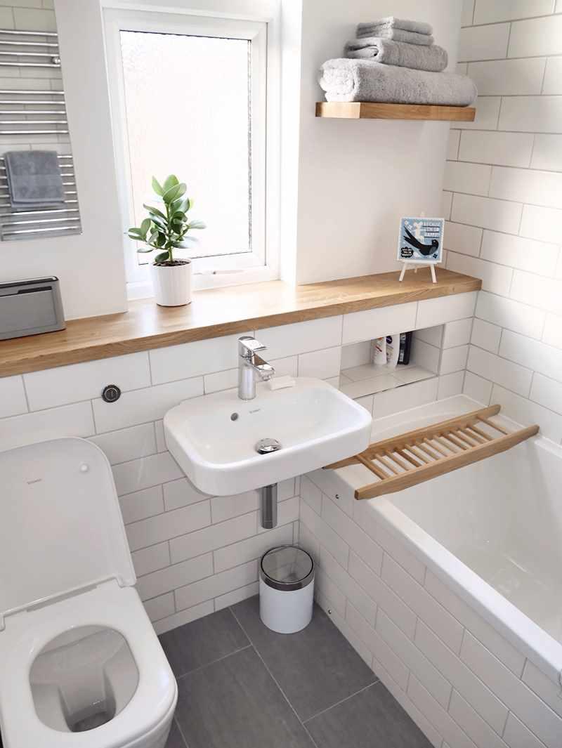 пример яркого стиля ванной комнаты