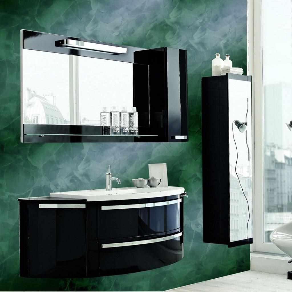 вариант применения светлой декоративной штукатурки в декоре ванной комнаты