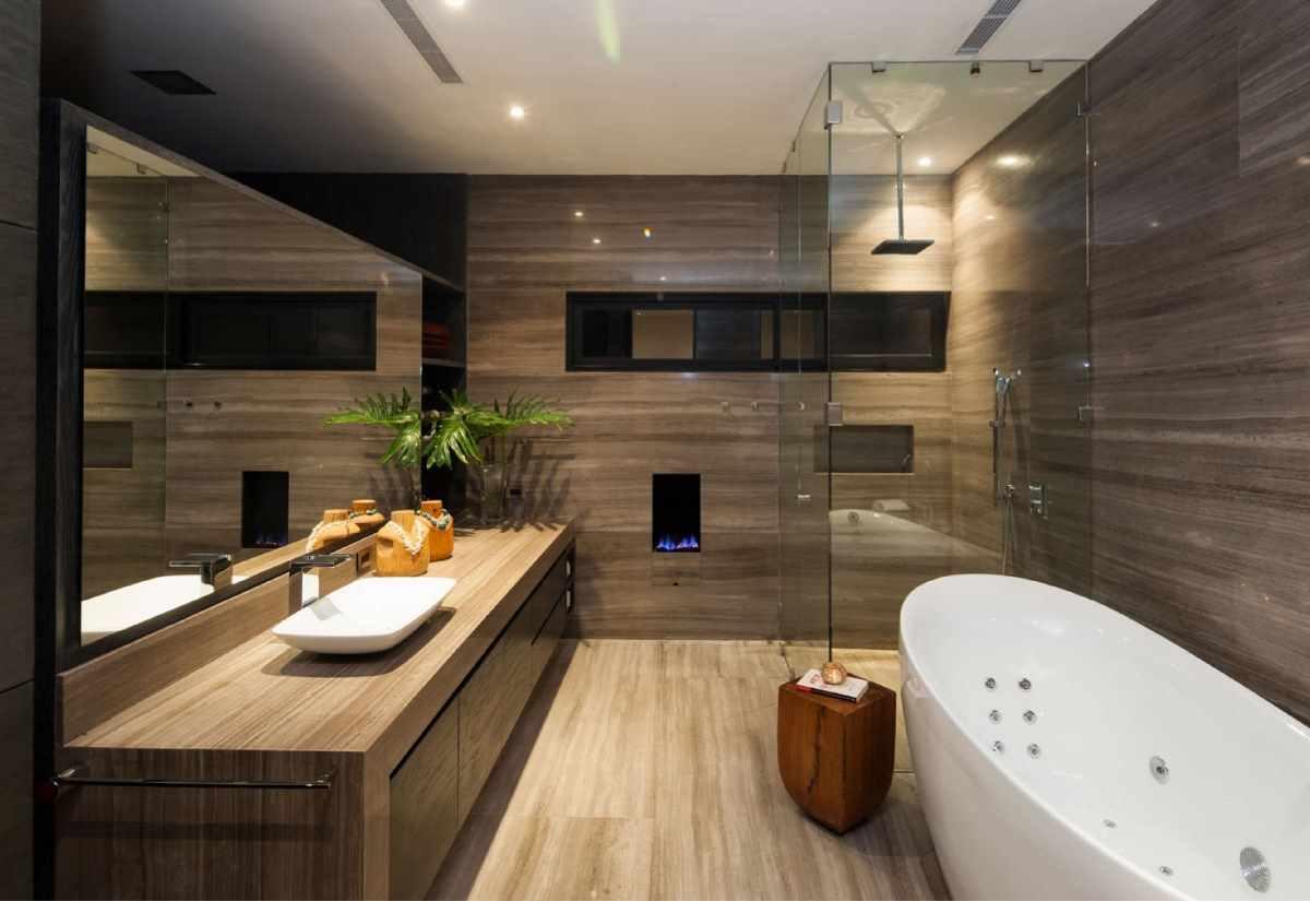 пример яркого интерьера ванной комнаты
