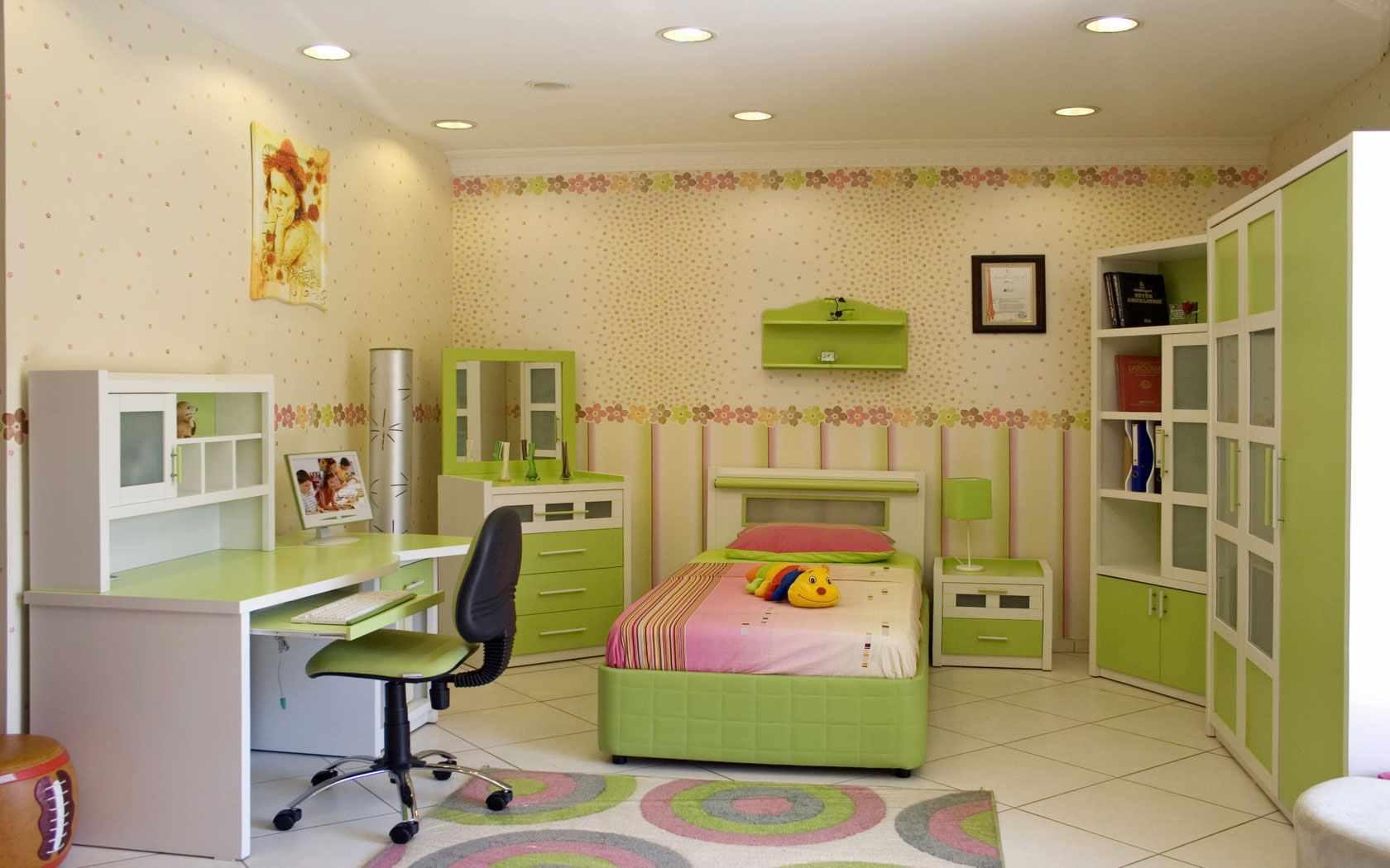 вариант необычного интерьера детской комнаты