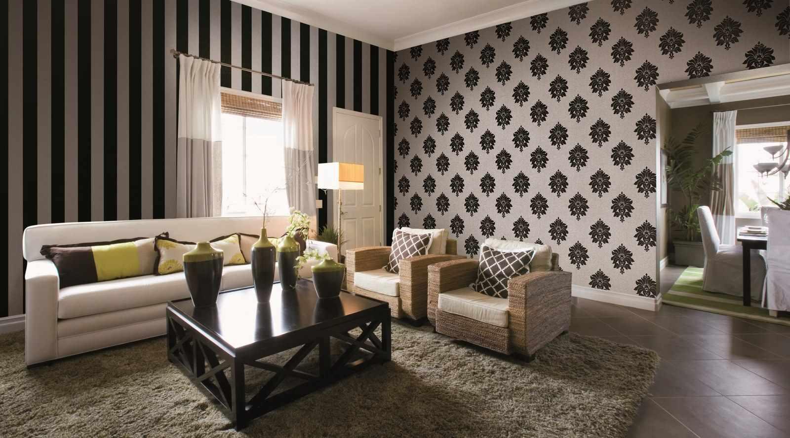 пример яркого дизайна обоев для гостиной