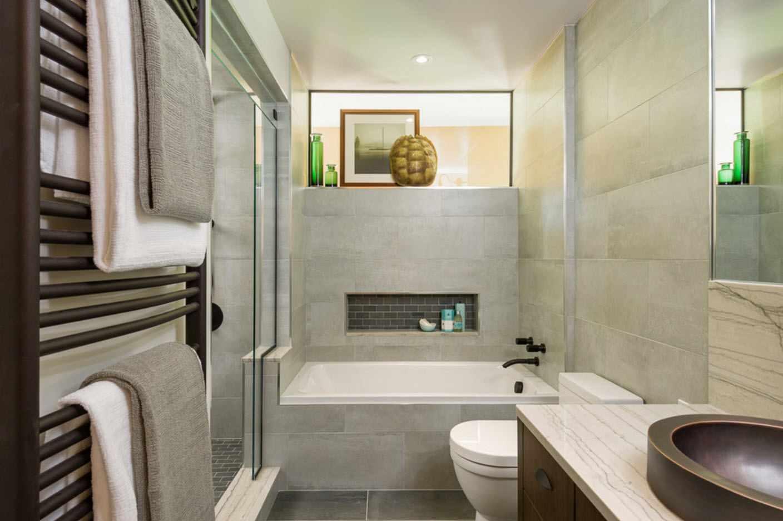 вариант красивого интерьера ванной комнаты
