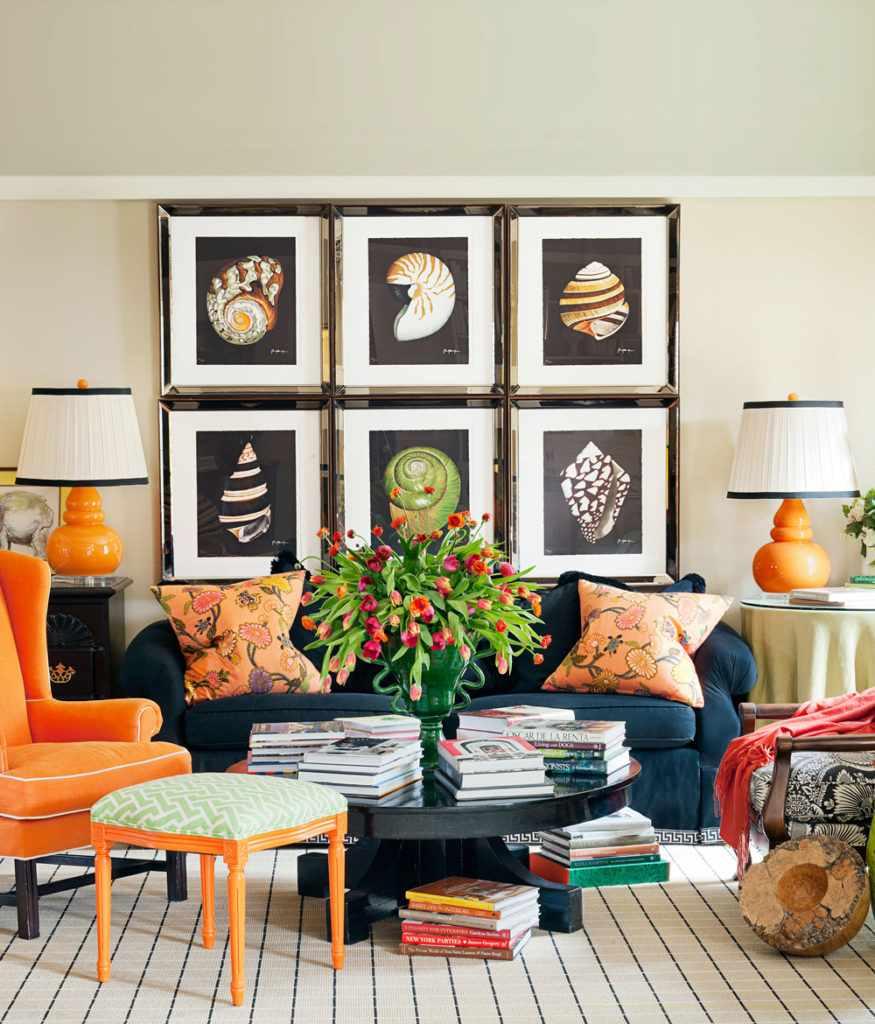 пример красивого декора гостиной комнаты 25 кв.м