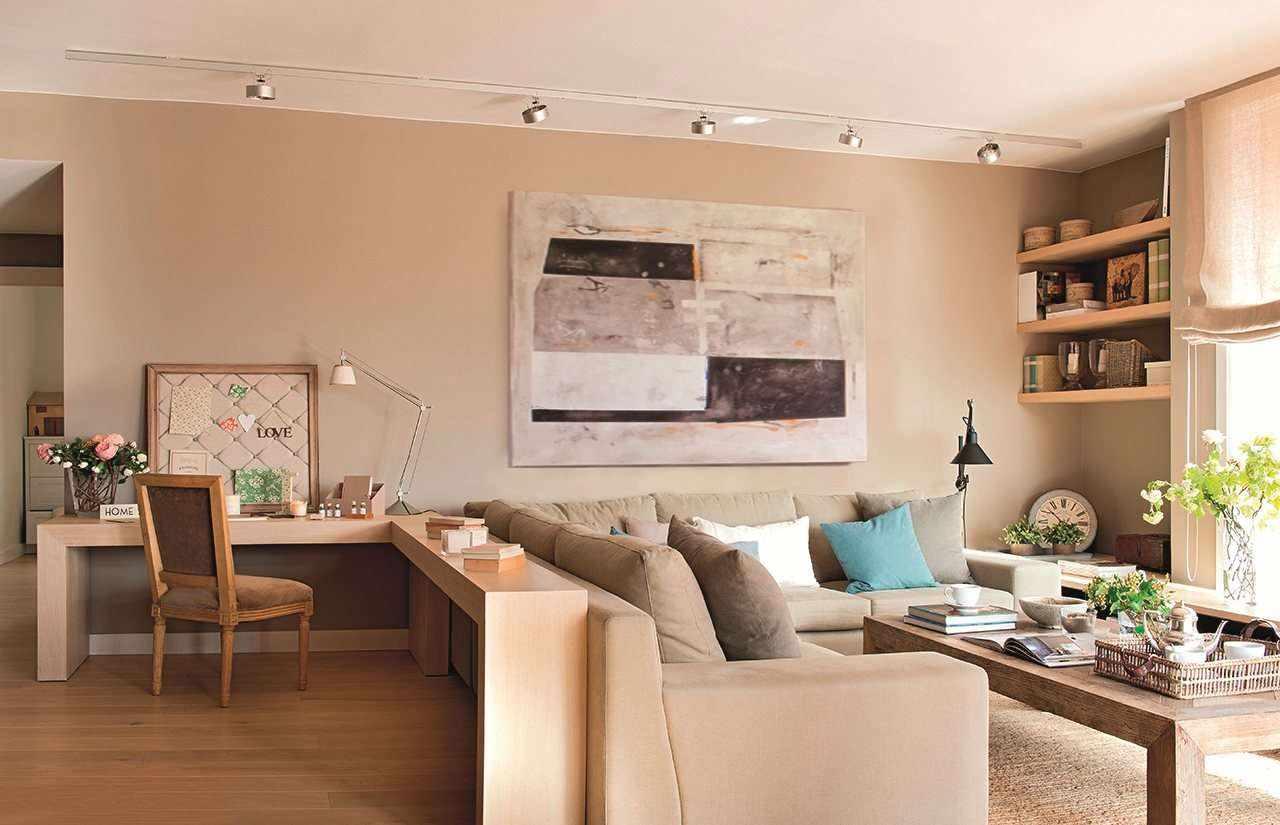 пример светлого стиля гостиной комнаты 19-20 кв.м