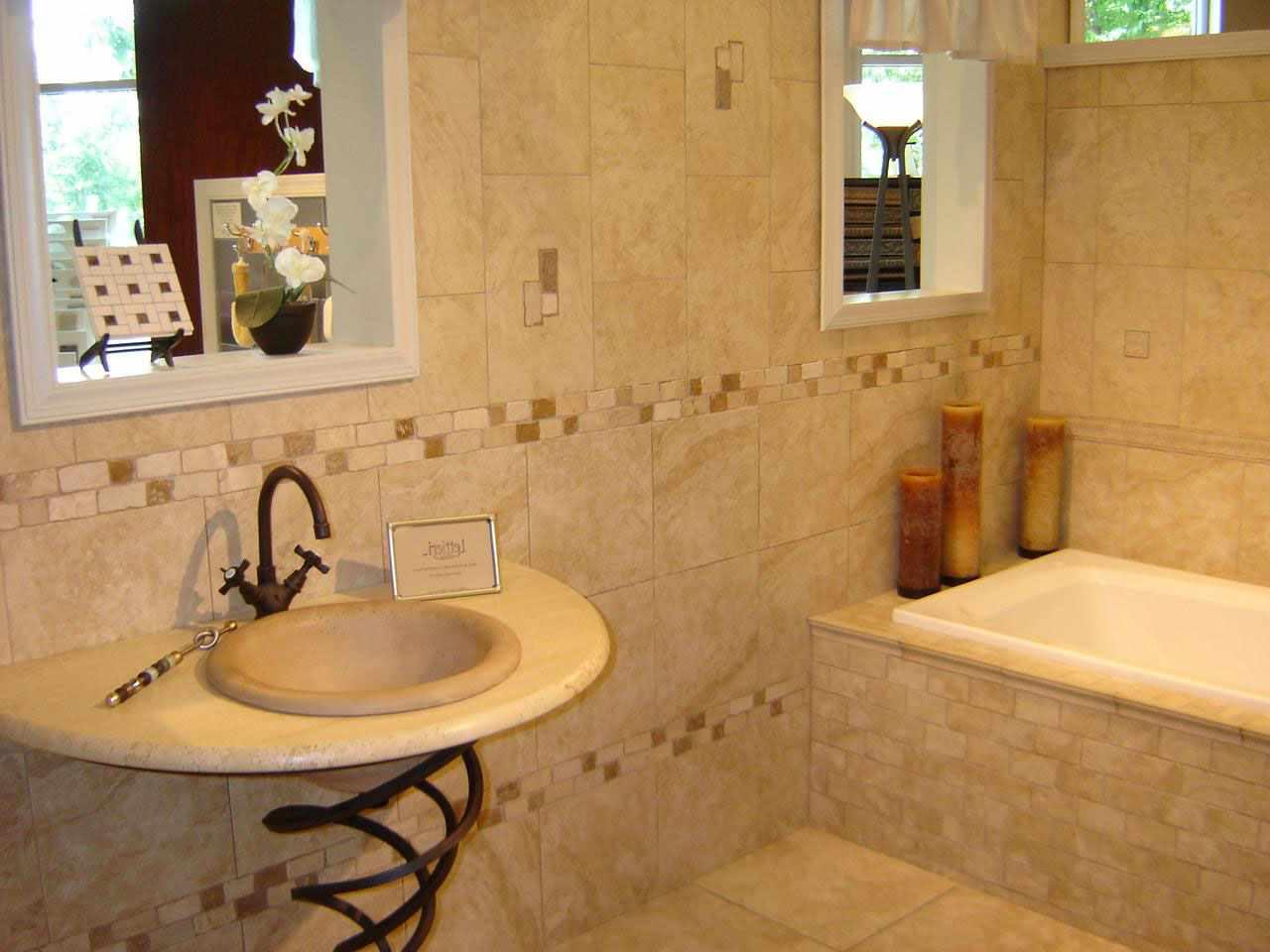 пример красивого стиля ванной комнаты с облицовкой плиткой