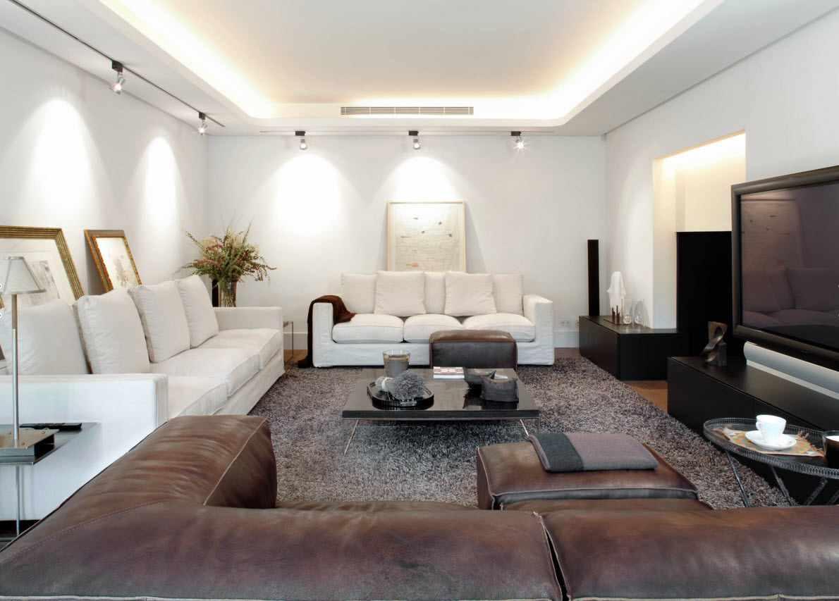 пример красивого декора гостиной комнаты 19-20 кв.м
