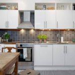Подсветка рабочей зоны линейного кухонного гарнитура