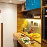 Выдвижная столешница на маленькой кухне