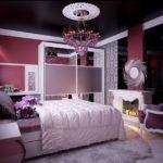 Черный потолок в дизайне спальни