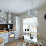 Прозрачная мебель в дизайне кухни