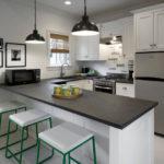 Использование темных оттенков в интерьере кухни