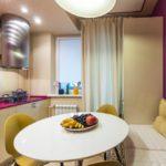 Удобная зона отдыха на кухне маленькой площади