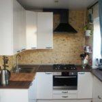Угловая планировка кухни в панельном доме